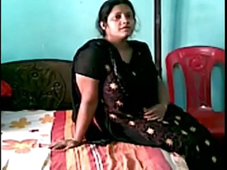 VID-20170724-PV0001-Delhi Okhla (ID) Hindi 38 yrs old married hot and sexy housewife aunty (Black chudidhar) fucked by her 47 yrs old married husband sex porn video