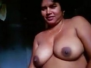 Indian house wife showing tits