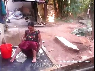 Desi Vilage Wife Open Bathing in Topless Caught by Indian Hidden Cams