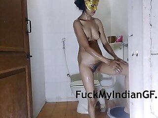 Skinny Mallu Desi Indian Bhabhi Taking Shower